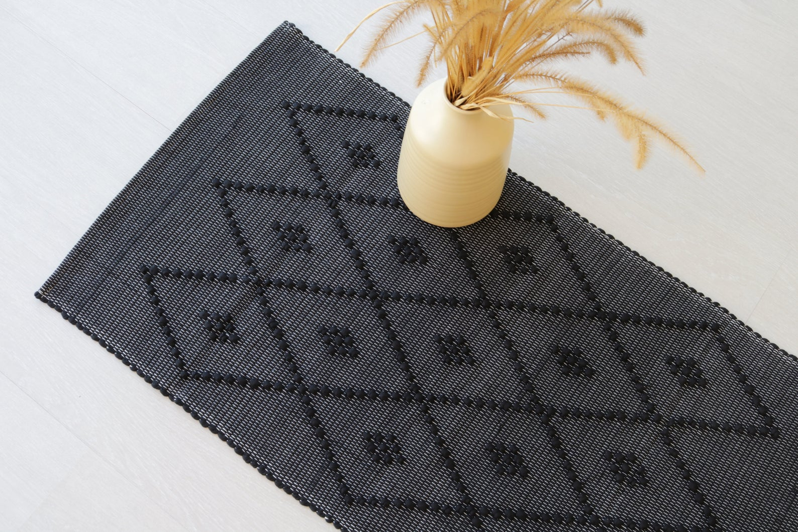 Small handwoven black rug, black mat, portuguese rug, cotton rug, bathroom rug, rug with knots, kitchen rug, bedroom rug, rag rug.