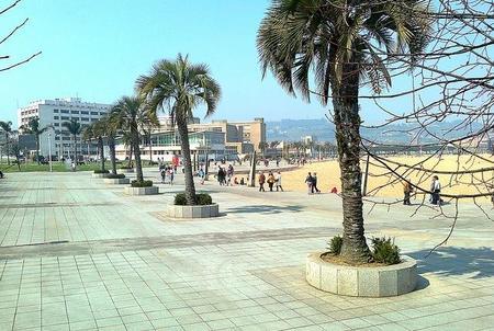 Paseo Playa Arbeyal Gijón
