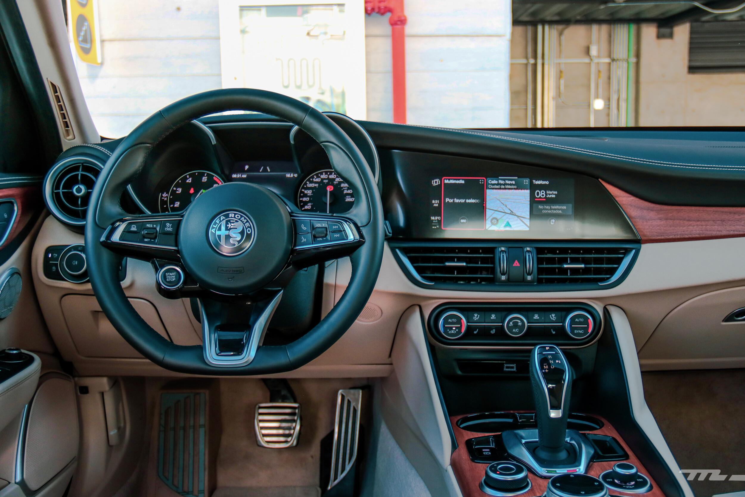 Foto de Alfa Romeo Giulia Lusso 2021 (40/83)
