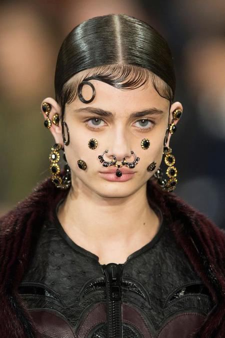 Givenchy, la locura de la bisutería