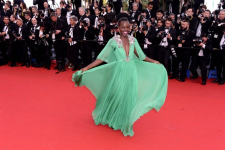 Lupita Nyong'o sabe que el verde es su color y lo elige para el glamour de Cannes