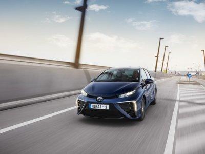 El Toyota Mirai bate al Chevrolet Volt en el World Green Car 2016