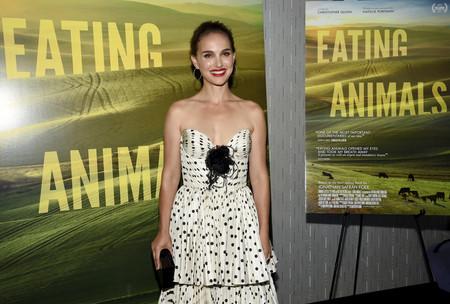 Preciosa Natalie Portman con su último look y nosotras ya deseamos copiarlo