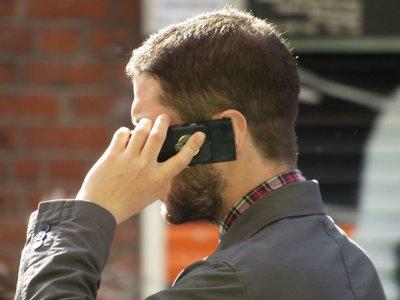 No, usar móviles no produce cáncer
