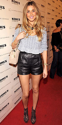100209-whitney-port-200.jpg