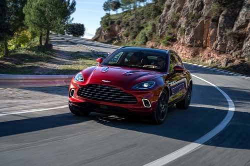 El Aston Martin DBX es el primer SUV de la marca: tan elegante, como rápido y práctico