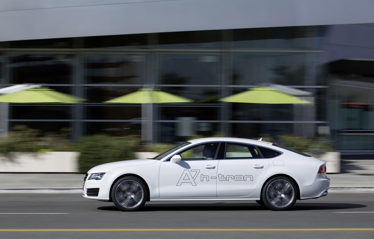 Foto de Audi A7 Sportback h-tron quattro (17/49)