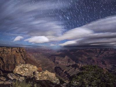 'Kaibab Requiem', un bello timelapse del proyecto Skyglow que nos muestra los mares de nubes y las estrellas en el Gran Cañon