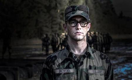 Joseph Gordon-Levitt es Edward Snowden, primeras imágenes