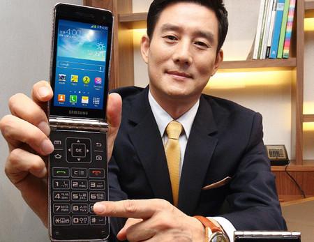 """Samsung Galaxy Golden, otro móvil """"de tapita"""""""