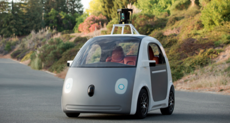 Google ya creó su propio coche autónomo; es eléctrico y no tiene volante ni pedales