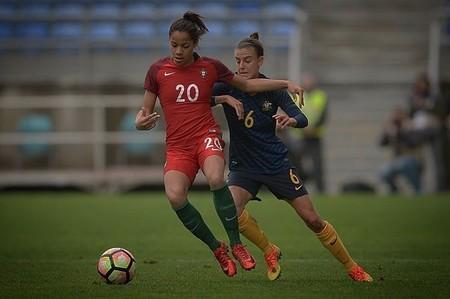 Los mejores regates en el fútbol actual los hace Silva, juega en el Levante y es una mujer
