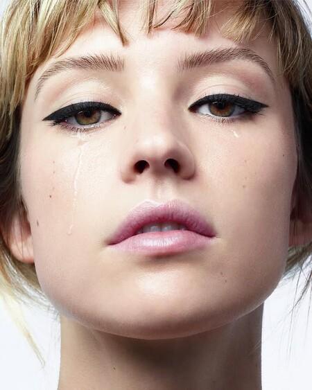 Estos lápices de ojos de Chanel y Lancôme en tonos neutros son perfectos para nuestros maquillajes de otoño