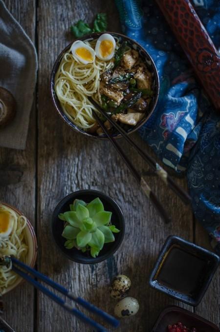 Noodles Con Pollo Y Verduras E1461319092360