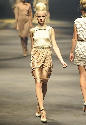 Foto de Lanvin, Primavera-Verano 2010 en la Semana de la Moda de París (14/15)