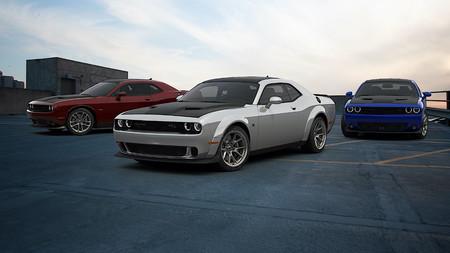Dodge Challenger 50th Anniversary Commemorative Edition 6