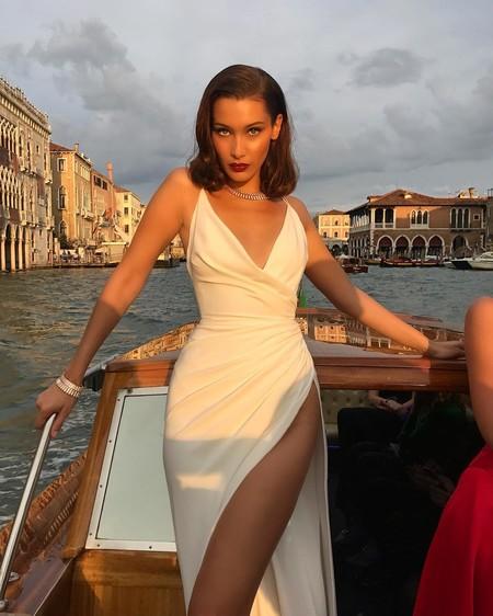 ¿Bella Hadid rubia o Bella Hadid con flequillo? La modelo nos muestra distintas versiones de sí misma