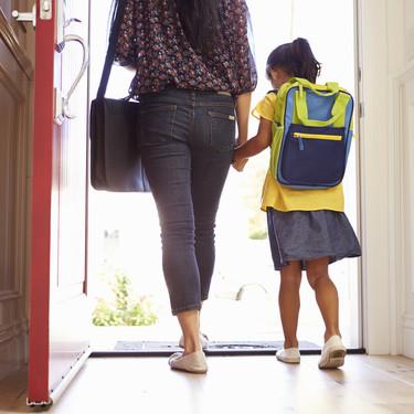 Mientras que algunas lo esperan con alegría, otras sentimos nostalgia: no todas las madres afrontamos igual la vuelta al cole