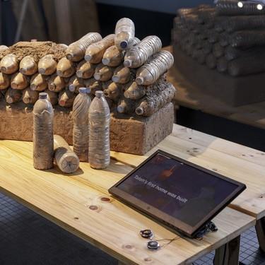 """We Are Water y Roca Barcelona Gallery inauguran la exposición """"Diseños para un mundo mejor"""""""