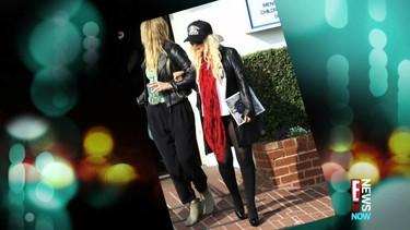 Christina Aguilera pasa de usar pantalones ¡Le pese a quien el pese!