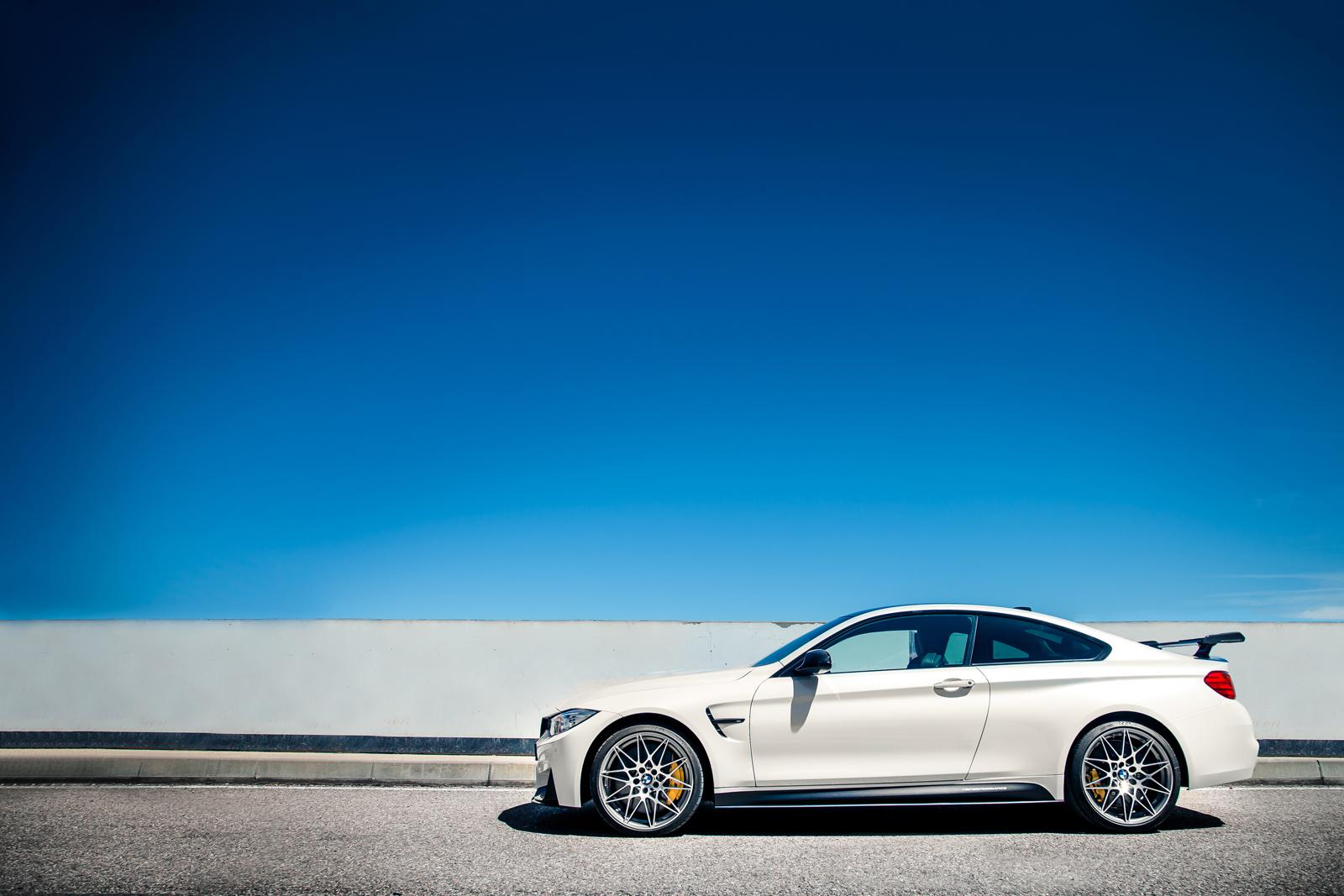 Foto de BMW M4 CS (58/60)