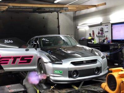 ¡Alucina! Este Nissan GT-R se sale de las gráficas con 2.737 CV y 6,98 segundos en el cuarto de milla
