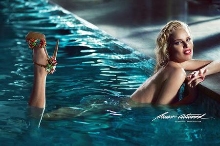 Eva Herzigova en la piel de Marilyn Monroe para Brian Atwood