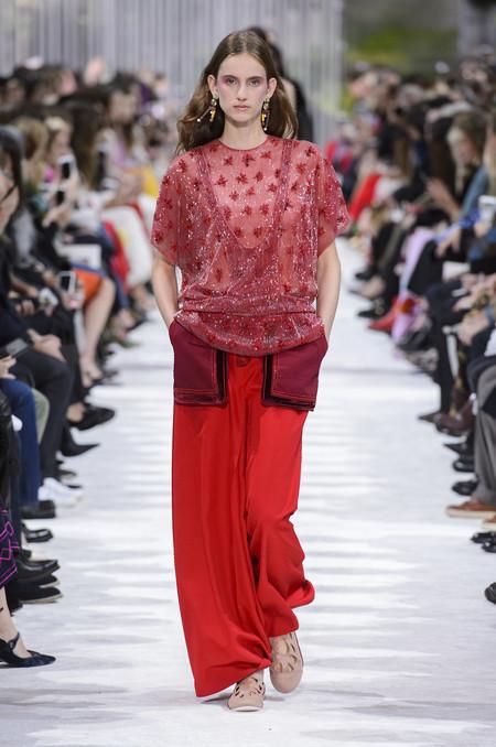valentino desfilo paris fashion week primavera verano 2018 ss18