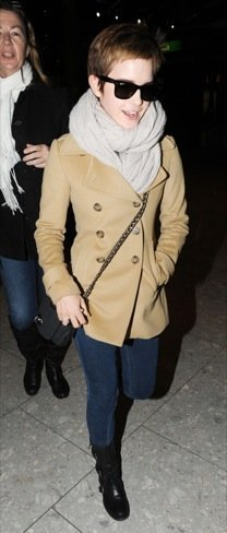 Looks abrigo frío celebrities: Emma Watson