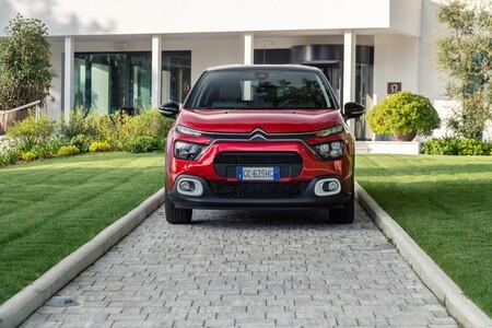 Los coches más vendidos de España en 2021: SEAT Arona, Citroën C3 y SEAT Ibiza
