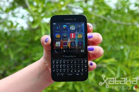 Después de la tormenta, llega BlackBerry, al menos para Sony