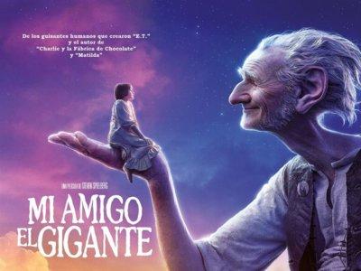 """Steven Spielberg lleva a la gran pantalla un cuento de Roald Dahl: """"Mi amigo el gigante"""""""