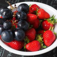 Comer uvas enteras: desaconsejado para niños