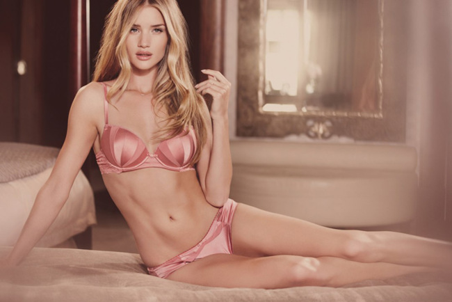 Rosie Huntington-Whiteley Marks Spencer