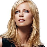 Guillermo Arriaga dirige a Charlize Theron