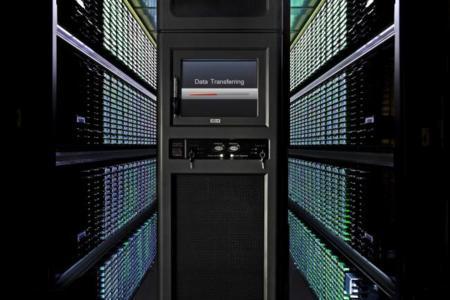 Tim Cook insiste en que los servidores de Apple están lejos del alcance de la NSA