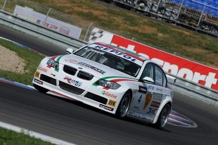 BMW vuelve a dominar el Mundial de Turismos en Brno