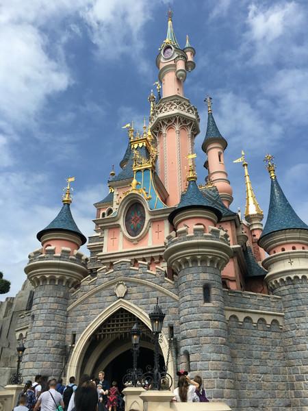 Cómo sobrevivir a una visita a Disneyland París con niños (I)