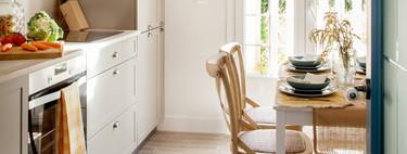 Reforma de cocina buena bonita y barata: estores, tiradores,  mesas, sillas y lámparas para dar un cambio de look rápido