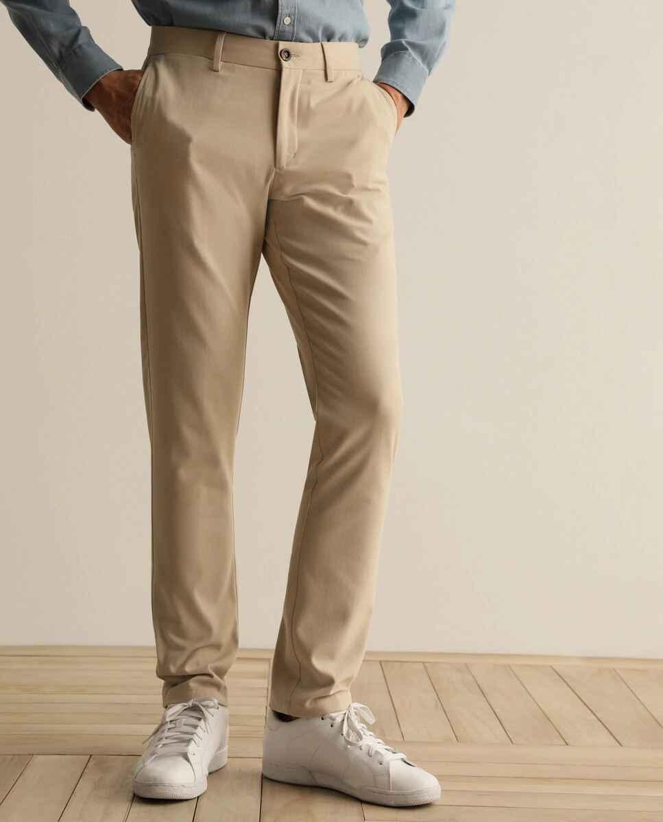 Chino de la colección Black de hombre custom beige