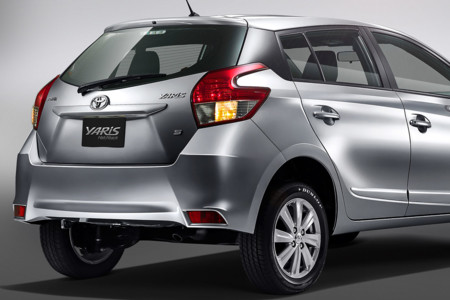 Toyota Yaris Hatchback 2017 3