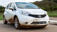 Nissan desarrolla una pintura que repele la suciedad