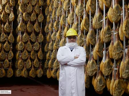 De paseo por los dominios del rey del jamón: el mayor secadero del mundo está en Toledo (y toda su producción es para Mercadona)