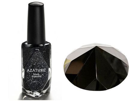Azature black diamond, el exclusivo y polémico esmalte de uñas con 267 quilates en diamante negro