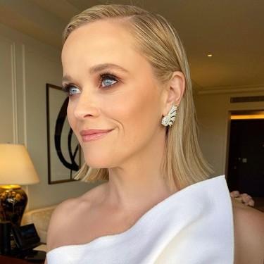 Blanca y radiante, así lució Reese Witherspoon en los Globos de Oro 2020