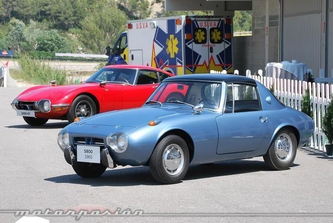 Toyota 2000GT y Sports 800