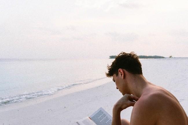 30 libros que el equipo de Xataka recomienda para este verano
