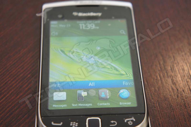 Foto de BlackBerry Torch 2 9810, más imágenes del nuevo híbrido de RIM (13/22)
