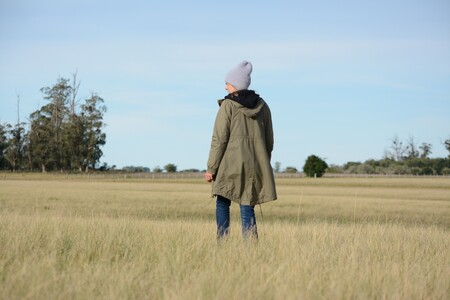 Las personas más inteligentes tienden a ser más solitarias: la lógica evolutiva de la soledad