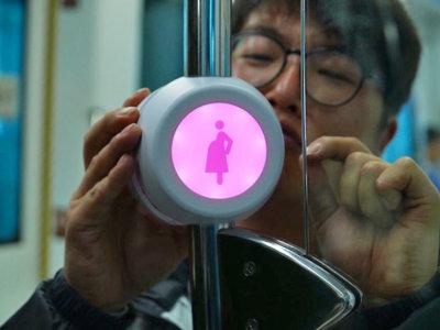 ¿Cómo saber cuando una embarazada necesita un asiento en el transporte público? Con beacons